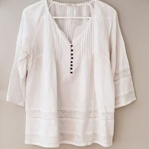 Solitaire Solid White Partially Lace Blouse